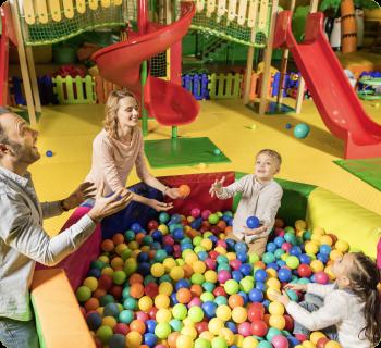 juxxboxx einkaufszentrum shopping center mall contigo indoortainment lizenz indoorspielplatz kinderbetreuung franchise